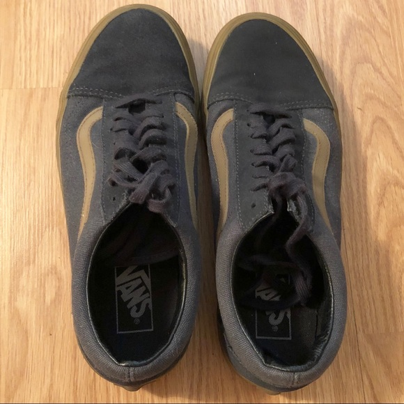 Vans Old Skool pro sneaker gum outsole size 9